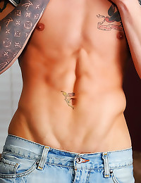 Perfect body on gay guy