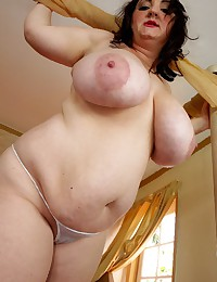 Lipstick and huge BBW tits