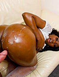 Oiled Ebony Beauty Gets Anal Pumped
