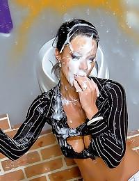 Gloryhole girl covered in jiz...