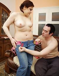 Chubby slut craves hot sex