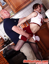 Dad stretches young beauty's ...