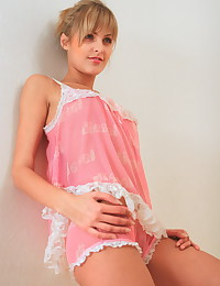 Sasha Blonde - Teen babe posing topless takes her panties off too