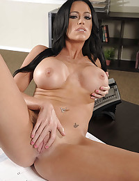 Raven Haired Beauty Destiny Spreads Pussy