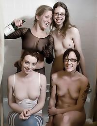 Femdom foursome with kinky pi...