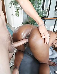Ebony Minx Moist Pussy Filled Full