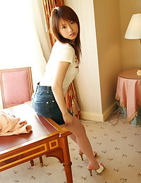 Young Japanese teen is hairy