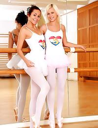 Ballerinas have lesbian sex