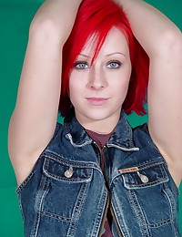 Lindsey Marshal - Hot redhead with a tight little body is happy to flash