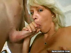 Charlee Chase - Milf Lessons Charlee The Mommy