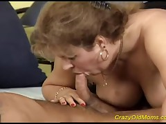 Voluptuous Old Mom With Big Boobs Gets Deeply And Roughly Screwed In Her Favourite Doggy Style!