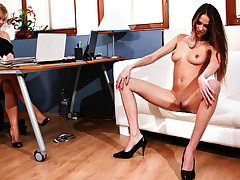 Sexy brunette gets you hard in this intense casting session