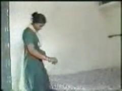 Karma kelano &quot- indian bitch&quot-