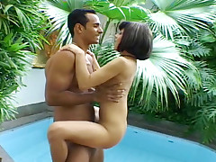 Sexy latina gets some good cock outside by the pool side !