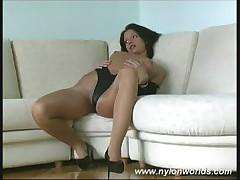 Nylon beauty babe spreading