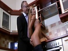 Naive blonde slut gets wet for cock