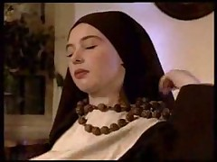 Gigis - Nuns and a Priest